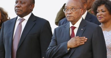 Zuma Bows To Pressure, Agrees To Resign