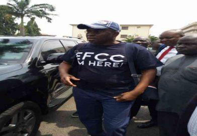 Between Fayose and EFCC's Mudslinging